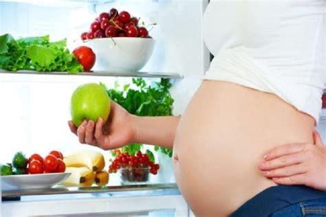 alimentazione inizio gravidanza gravidanza la dieta giusta per evitare malattie congenite