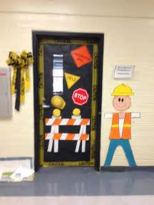 Pre K Classroom Decorating Themes - construction theme bulletin boards door decor