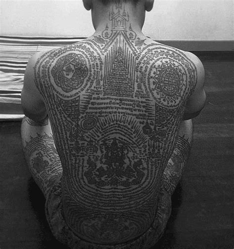 thai buddhist tattoos designs 40 traditional thai designs