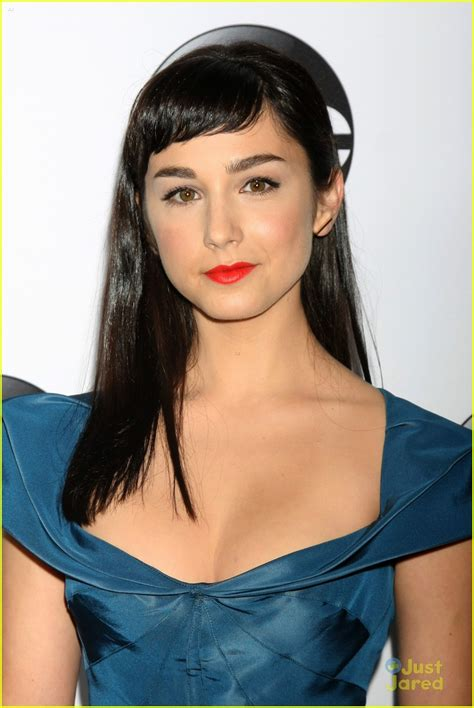 A Slice of Cheesecake: Molly Ephraim