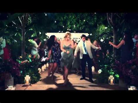 southwest commercial actress dancing southwest airlines commercial wedding season dancer