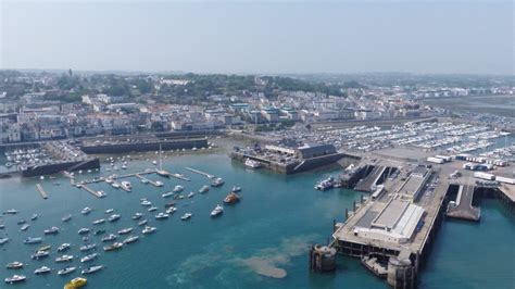 boat owners warned  travel   france  event