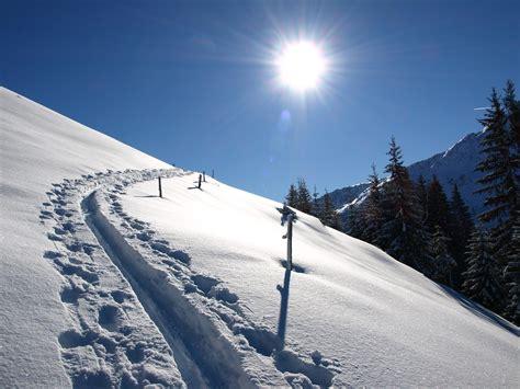 einsame hütte im schnee mieten 1 mb