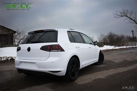white volkswagen golf vw golf 7 wrapped in matte white autoevolution
