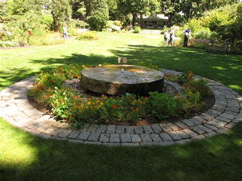 Kirkwood Gardens by Henry Homeyer S Designing A Garden And Expanding