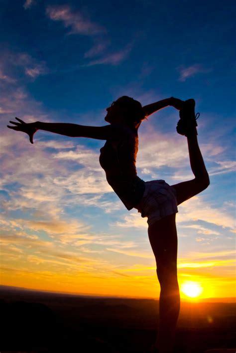 sunrise yoga  ravisurdhar  deviantart