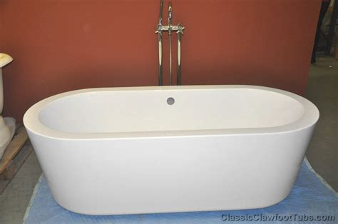 1 piece bathtub 70 quot acrylic double ended 1 piece modern tub classic