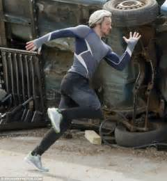 aaron taylor johnson quicksilver shoes elizabeth olsen is sultry as scarlet witch in explosive