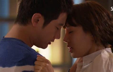 kissing scenes in bedroom korean drama kdrama fighting best kdrama kiss scenes