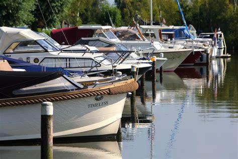 ligplaats huren ligplaats huren aalsmeer recreatiepark aalsmeer