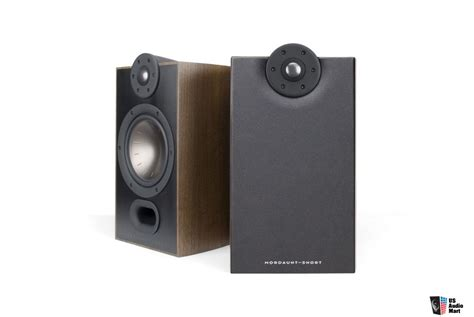 mordaunt mezzo 2 bookshelf speakers walnut photo