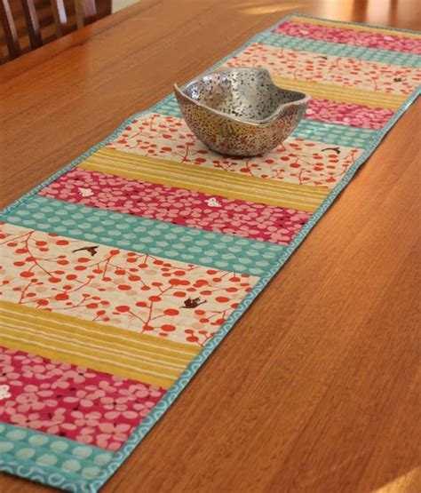 You To See Easter Table Runner By Allthatpatchwor - best 25 table runner pattern ideas on quilted