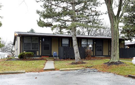 one bedroom apartments in findlay ohio springwood apartments rentals findlay oh apartments com