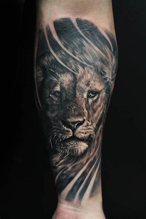 forearm lion tattoo tattoos of lions on arm 1000 ideas about forearm