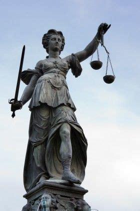 imagenes de la justicia griega justitia era la diosa romana de la justicia en la