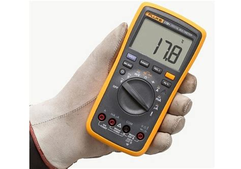 17b Fluke Digital Multimeter Ac Voltage 400mv To 1000v original fluke 17b f17b professional digital multimeter