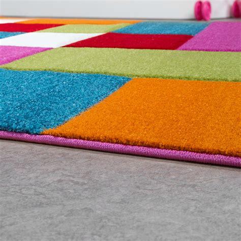 teppich quadrate bunt teppich bunt quadrate nzcen