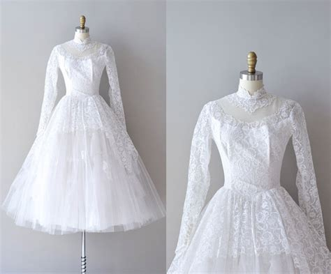 1950s dress 50s lace dress wedding dress alamondine sale 50s lace wedding dress 1950s wedding dress ideal