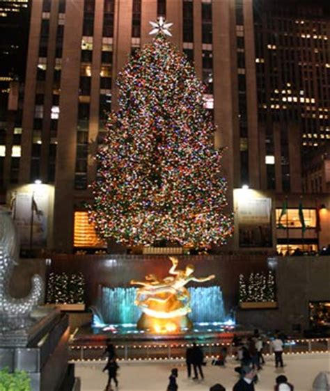 america s tallest christmas trees travel leisure