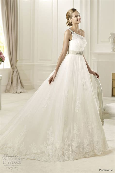 pronovias wedding dress pronovias wedding dresses 2013 preview collection wedding inspirasi page 2