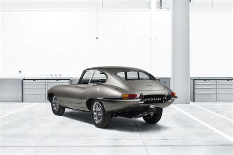 designboom jaguar jaguar revives the classic e type sports car from 1960 s