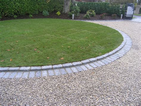 Landscape Edging Circle Driveway Lawn Design Owen Chubb Garden Landscapers
