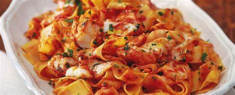 candele pasta ricette pappardelle al sugo rosso di baccal 224 sale pepe