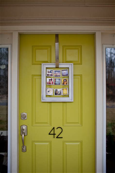 Door Frame Decor by 6 Diy Front Door Decor Ideas To Welcome Your Guests In