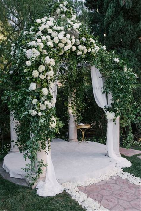 Wedding Arch Ac by 8 Wedding Chuppahs With Serious Wow Factor Br 246 Llop