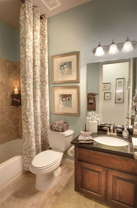 eye catching guest bathroom decorating ideas