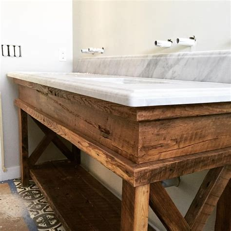 Bathroom Vanity Bench Wood 25 Best Ideas About Wood Vanity On Reclaimed
