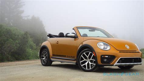 volkswagen beetle dune convertible review slashgear