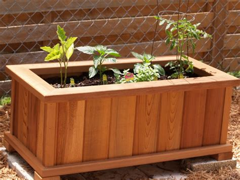 Plans For Planter Boxes For Decks by Cedar Planter Box Plans Planter Boxes