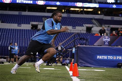 2014 nfl combine bench press scouting combine for the nfl 2014 draft part i workouts