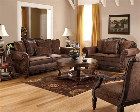 aarons living room furniture aarons furniture broadway living room group 150x108