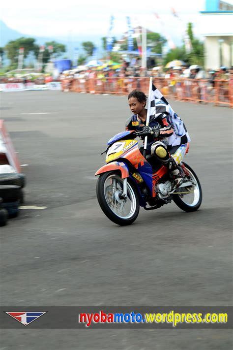 Helm Balap Road Race mengapa tanpa helm tak dibiarkan saja wiro ny 246 bam 244 t 246