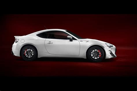 Toyota Gt86 Upgrades Toyota Gt86 Trd Parts Pictures And Details Autotribute