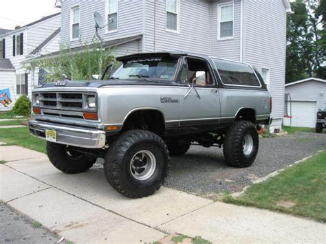 dodge ramcharger 1987 440 big block