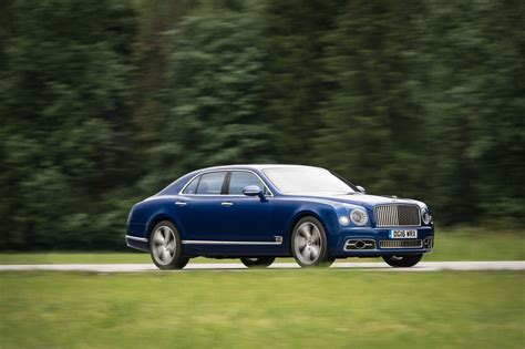 bentley mulsanne 2017 bentley mulsanne refreshed adds extended wheelbase