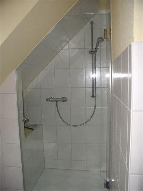 duschkabine unter dachschräge duschkabine f 252 r dachschr 228 ge haus design m 246 bel ideen und