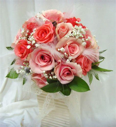 Fresh Flower Wedding Bouquet by Make A Bridal Bouquet Of Fresh Flowers Alonglifepath
