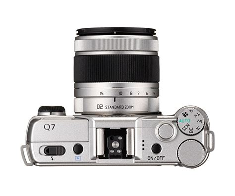 Kamera Pentax Q7 fargerik nykommer fra pentax lyd bilde