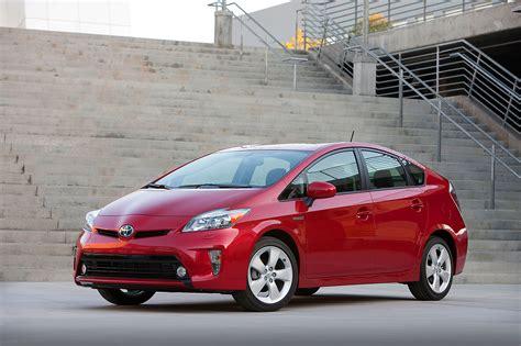 Toyota Prius 2013 2013 Toyota Prius Reviews And Rating Motor Trend