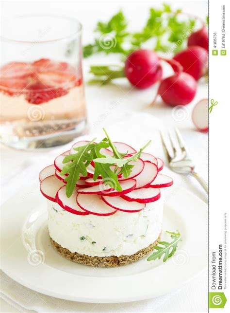 snack cheesecake made from cottage cheese with onions