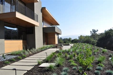 contemporary front yard modern front yard designs home decorating ideas