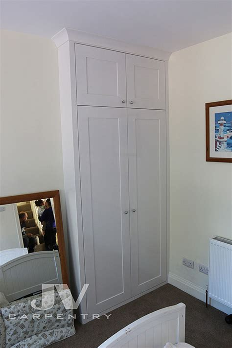 alcove cabinets fitted wardrobes  bookshelves jv
