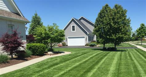 lawn care toledo ohio lawn maintenance garden care