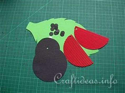 How To Make A Paper Ladybug - free paper crafts for bug window decoration