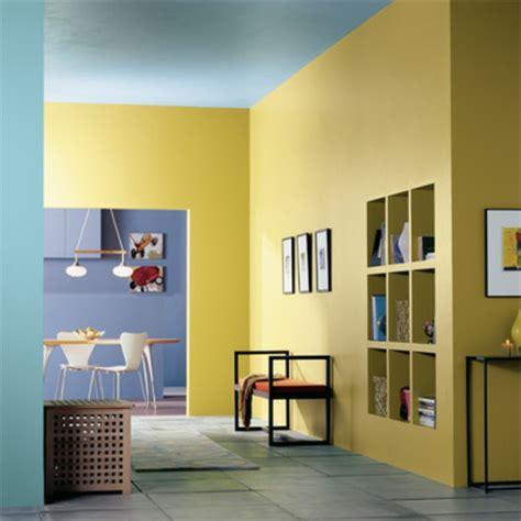 flur gestalten gelb farbgestaltung im flur 25 originelle vorschl 228 ge
