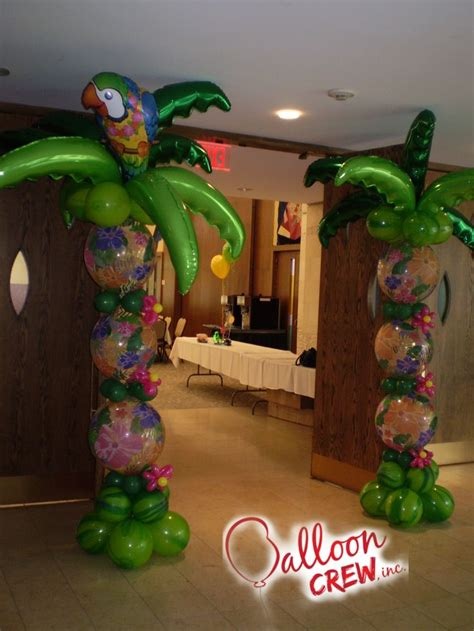 Hawaiian Balloon Decorations by 58 Best Images About Tropical Balloon Decor On